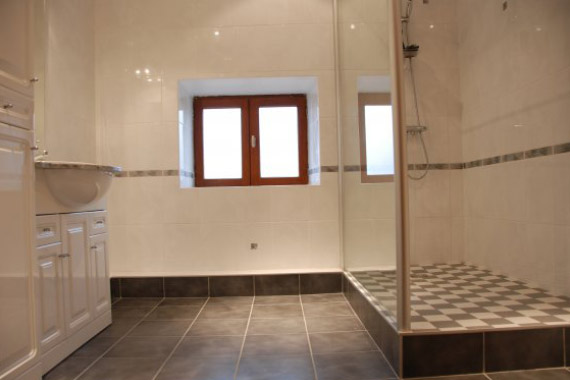 Salle-bains-classique-ACS Rolland